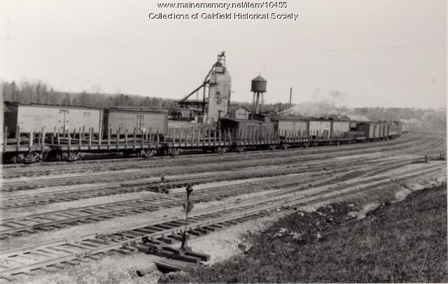 Bangor and Aroostook Railroad freight train in Oakfield Junction yard