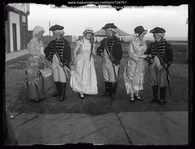 Connecticut attendees of the NFBPWC conference in costume, Portland, 1925