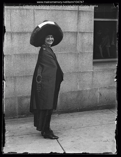Esther Jordan at the NFBPWC convention, Portland, 1925