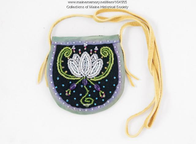 Jennifer Sapiel Neptune beaded pouch, Indian Island, 2019