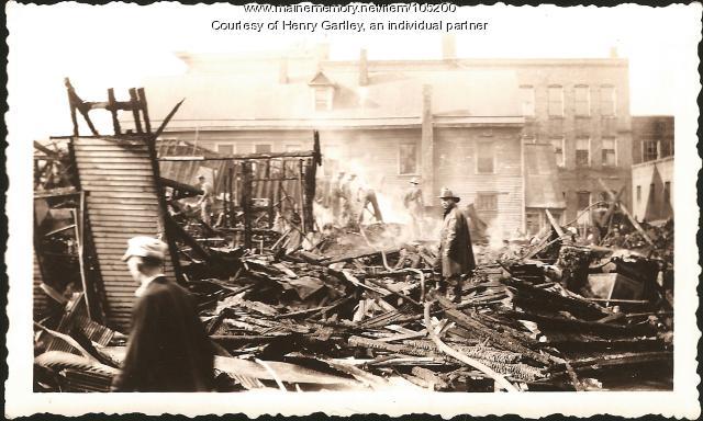 Exchange Hotel fire, Houlton, 1942
