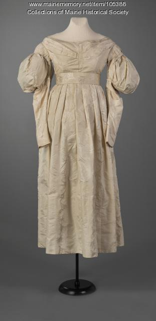 Gigot (mutton chop) sleeve  dress, Portland, ca. 1834