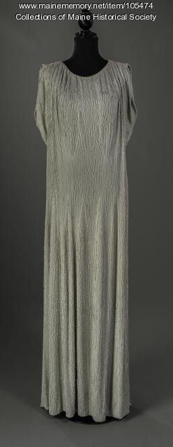 Margaret Payon's Delphic-style gown, Portland, ca. 1938