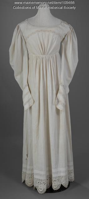 White cotton dress with gigot sleeves, Portland, ca. 1825