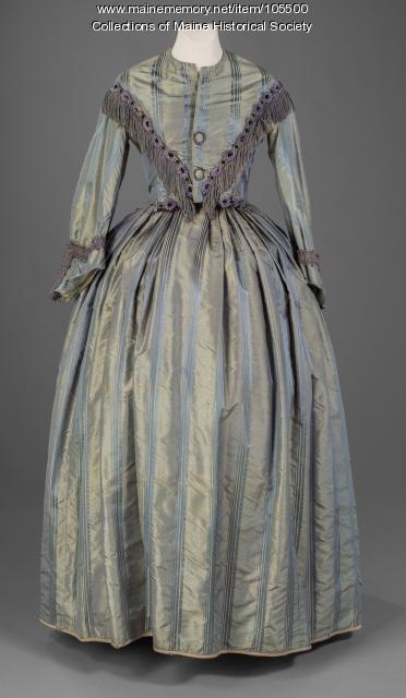 Full crinoline dress with fringe, ca. 1859