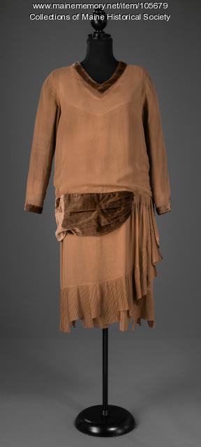 Helen Hamm's drop waist dress, Kittery, ca. 1926