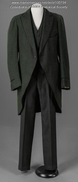 Suit with green wool jacket and vest, ca. 1925