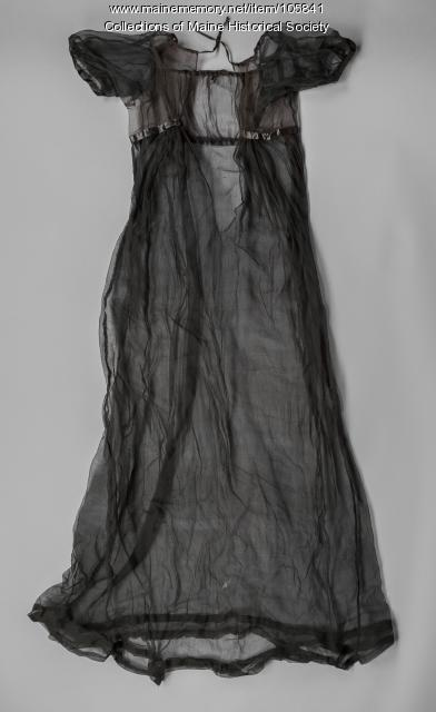 Zilpah Longfellow's mourning dress, Portland, ca. 1804