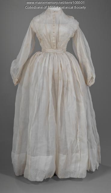 Organdy summer dress, ca. 1863