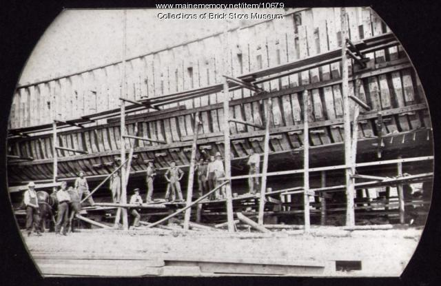 Schooner Savannah and builders, Kennebunkport, 1901