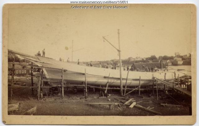 Schooner Julia Frances under construction, Kennebunkport, 1889