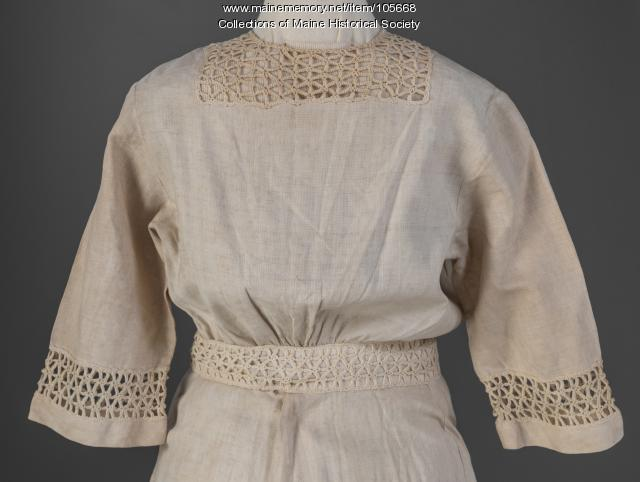 Ecru summer dress, ca. 1912