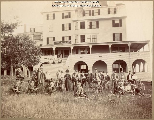 Bicyclists at the Checkley Hotel, Scarborough, ca. 1895