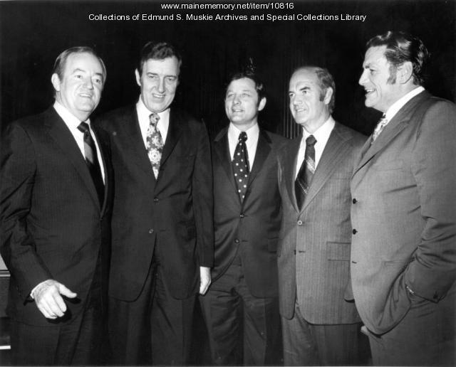 Edmund S. Muskie and fellow senators, Washington, 1971