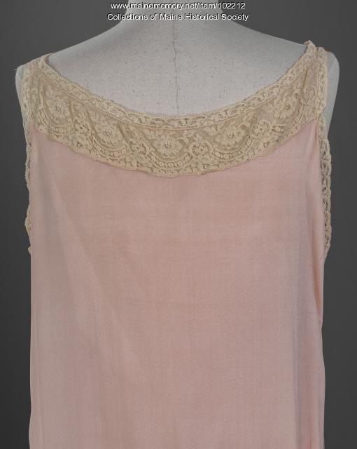 Marguerite Waterman Cobb's nightdress, Portland, ca. 1928