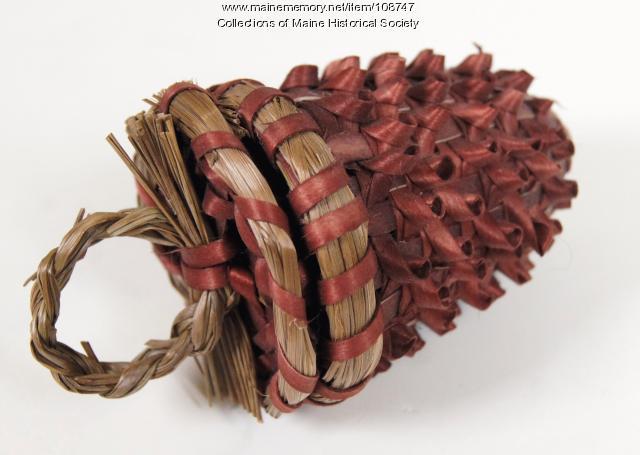 Paula Thorne acorn basket, Indian Island, circa 1999
