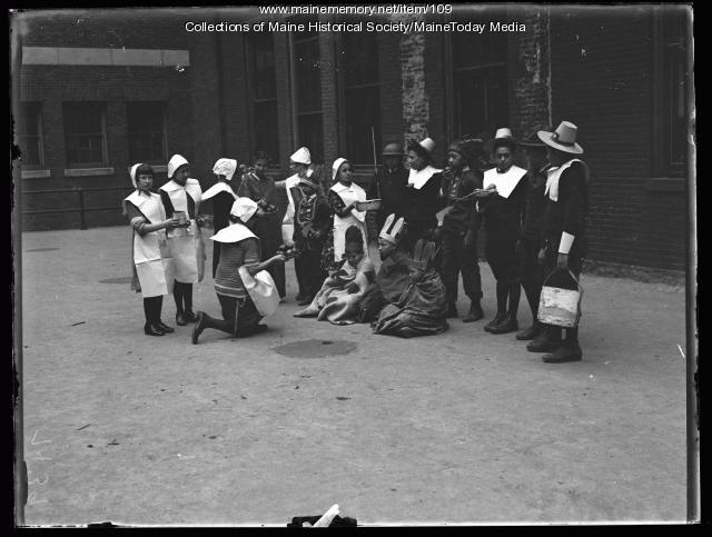 Chestnut Street School Thanksgiving, Portland, 1924