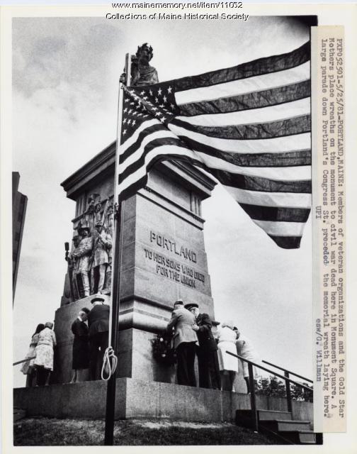 Memorial Day, Portland, 1981