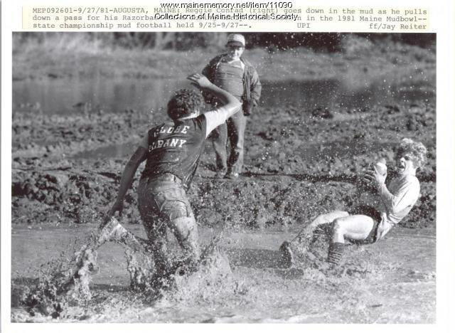 Mud football championship, 1981