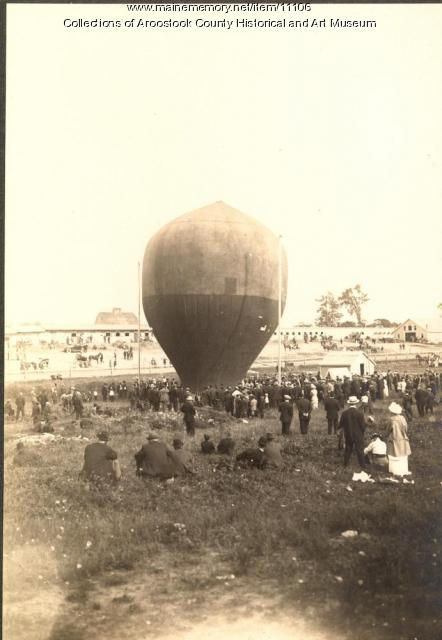 Houlton Fair balloon demonstration, 1914