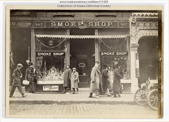 Smoke Shop, Portland, ca. 1912