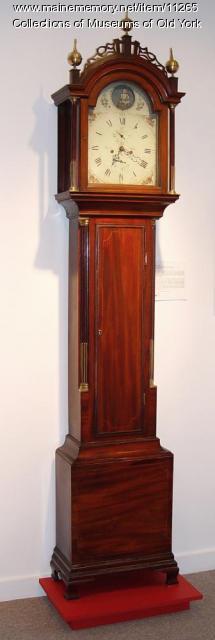 Simon Willard Hepplewhite tall case clock, ca. 1800-1820