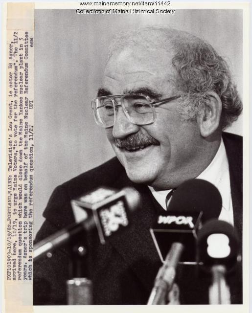 Actor Ed Asner, Portland, 1982