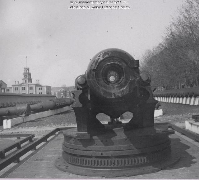Spanish War gun,Kittery, ca. 1898