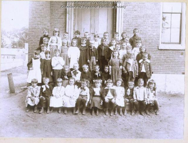 Miss Varney's Bath Street School, primary class, 1895