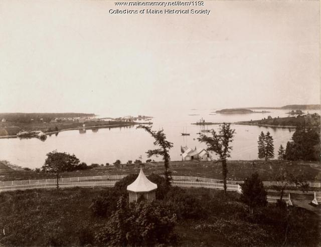 Old fort and Pemaquid Beach Village, ca. 1900