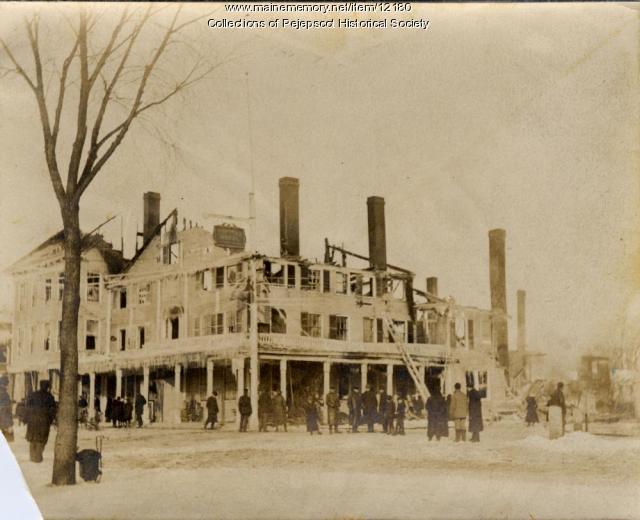 Tontine Hotel fire, Brunswick, 1904