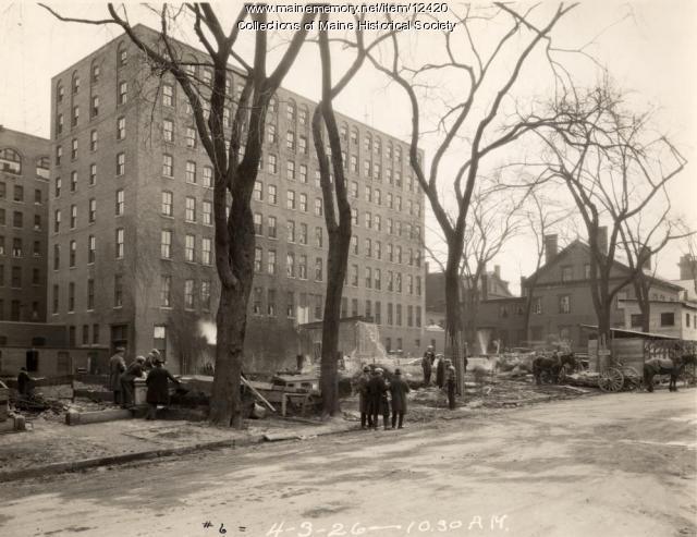 Eastland Hotel construction, Portland, 1926