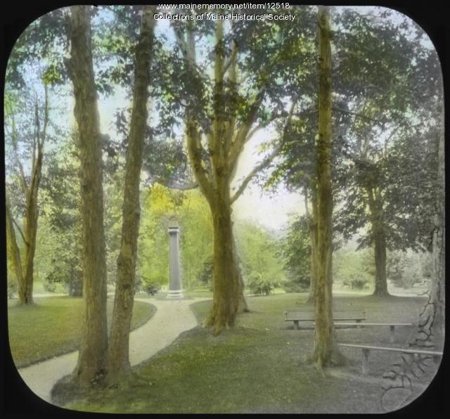 Deering Oaks Park, Portland