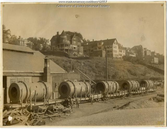 Log debarking drums at the Portland Company, Portland, ca. 1900