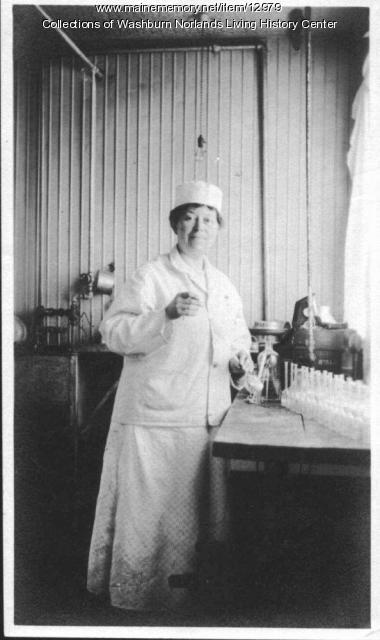 Lilian Washburn, ca. 1900