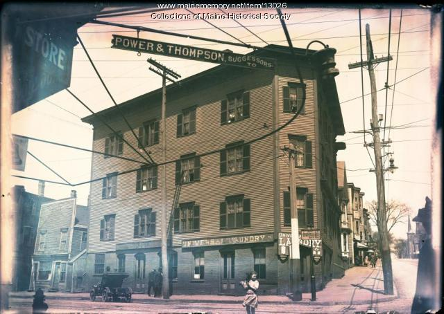 Universal Laundry, Portland, ca. 1910