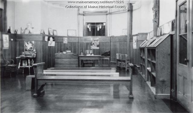 Children's room, Walker Memorial Library, 1943