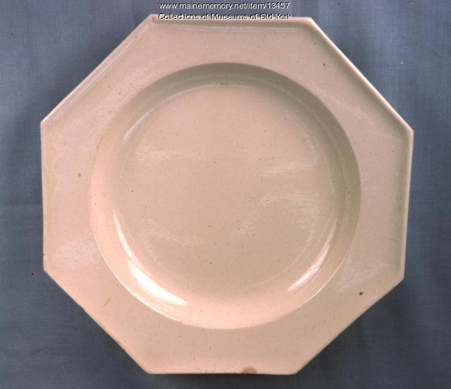 Octagonal creamware plate, York, ca. 1770-1780