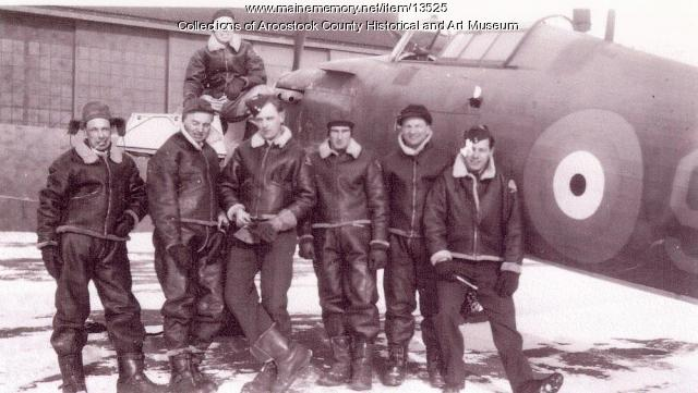RCAF pilot with crew and Hurricane, ca. 1942
