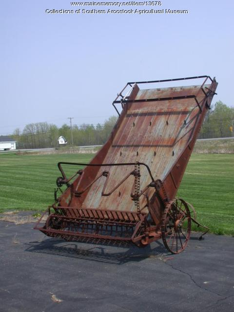 Loose hay loader, Littleton, ca. 1920