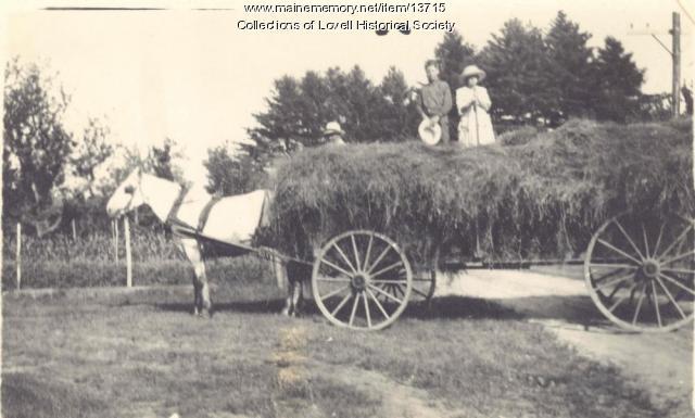 Hay wagon, Lovell