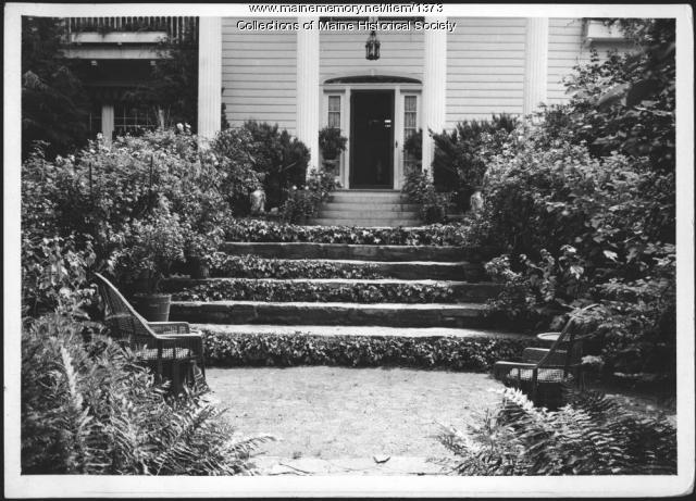 Front entrance to Seawood, Kennebunkport, 1938