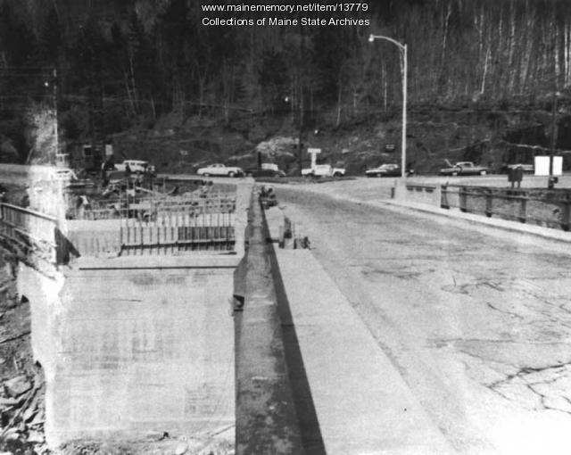 Waldo-Hancock Bridge work,  1960