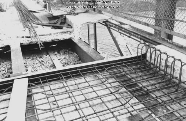 Waldo-Hancock Bridge repairs, 1960