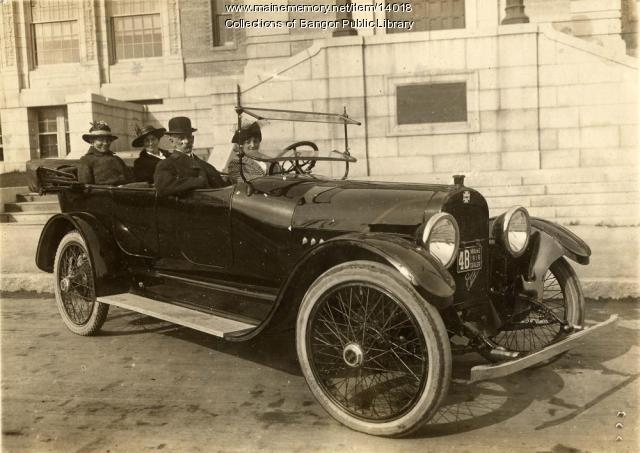 Automobile in front of Bangor Public Library