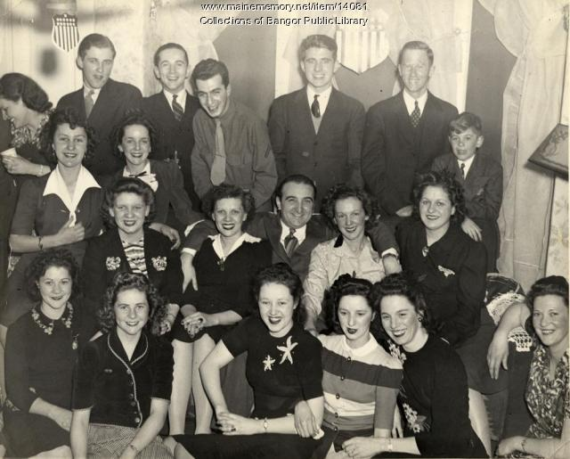 Viner Brothers Shoe Crew, Bangor, ca  1941 - Maine Memory Network