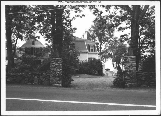 John Mead Howells' home, Kittery Point, 1940