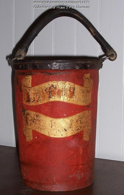 1900 Rubber Bucket