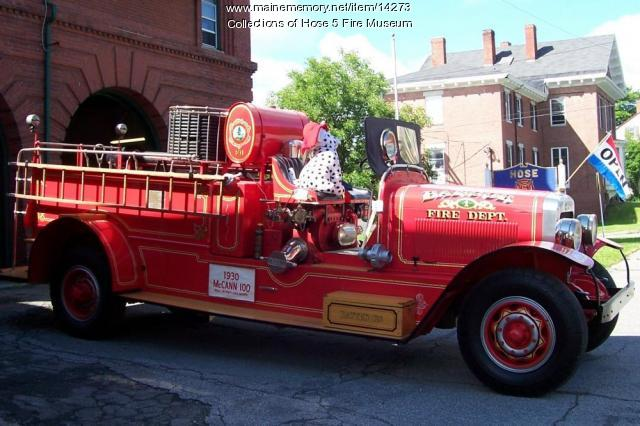 1930 McCann Fire Engine