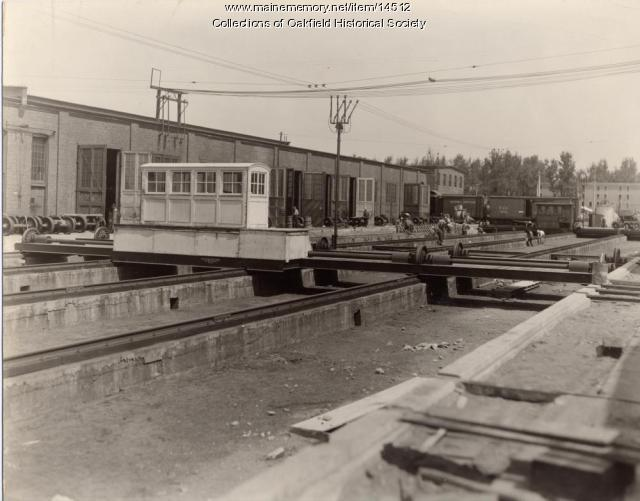 Railroad transfer table, Derby, ca. 1945